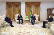 الجزائر وموريتانيا يوقعان على اتفاق انشاء مركز حدودي بري يهدف الى ترقية  التعاون الاقتصادي و الأمني