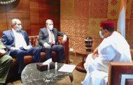 جراد يسلم الرئيس النيجيري المنتخب رسالة خطية من الرئيس تبون