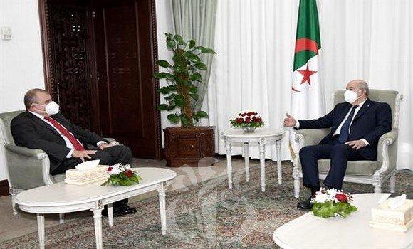 الرئيس تبون يستقبل سفير جمهورية مصر بالجزائر